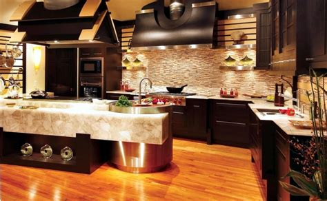 Luxury kitchen design of bentwood with elements of wood and marble interior design ideas