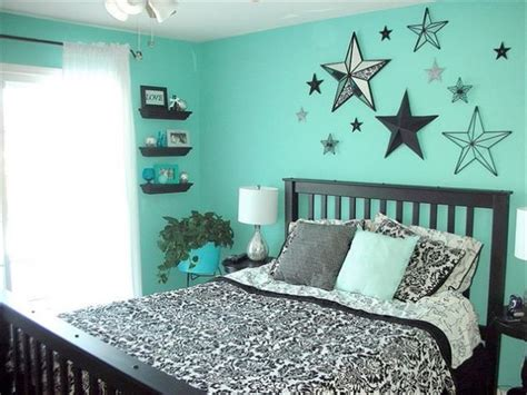 silver and teal bedroom 1000 ideas about teal bedrooms on pinterest grey teal
