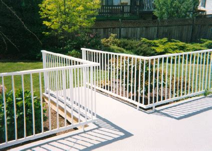 Flat Metal Deck Balusters Aluminum Railing Learn About This Low Maintenance Metal