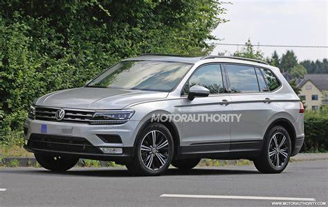 2018 Volkswagen Tiguan with 3rd row seats spy shots