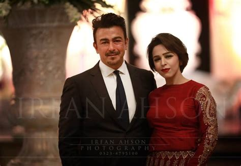 biography of shahid film star latest pictures of shaan shahid with his family reviewit pk