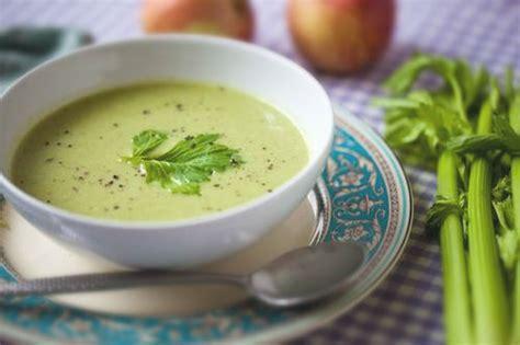 minestra di sedano rapa il sedano caratteristiche e benefici