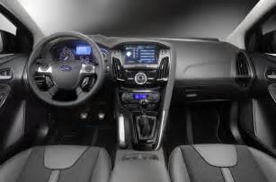 Custom Truck Interiors Uk Ford Focus 2 0 Tdci Titanium X Review Autocar