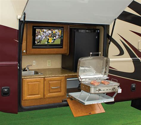 Jayco Class C Motorhome Floor Plans by Take It Outside With An Outdoor Kitchen Www Trailerlife Com