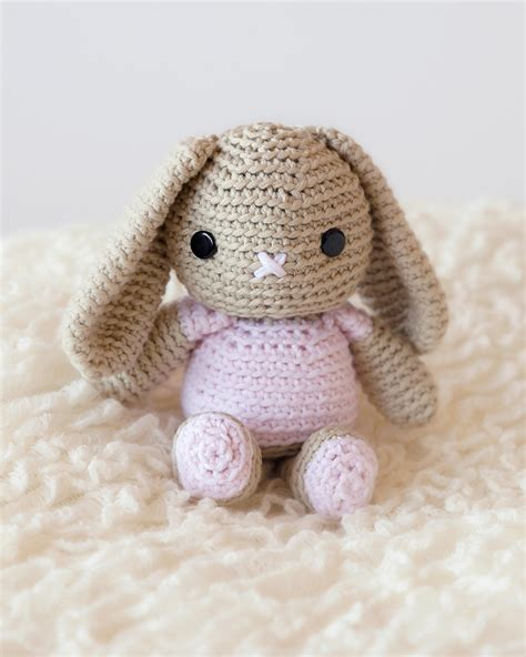 Sweety Rabbit Sweater White Sweater Wanita Sweater Rabbit sweet crochet bunny pattern fashionarrow