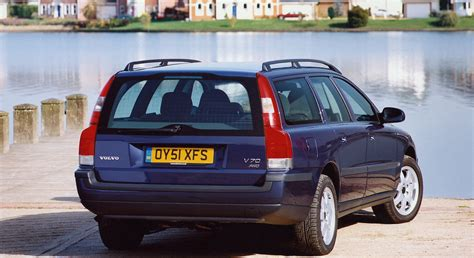 volvo v70 parkers volvo v70 estate 2000 2007 photos parkers
