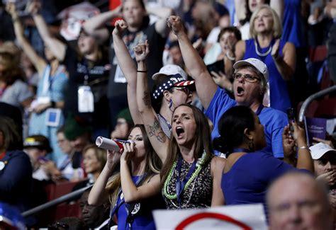 bernie sanders vermont democratic convention bernie sanders loses control time