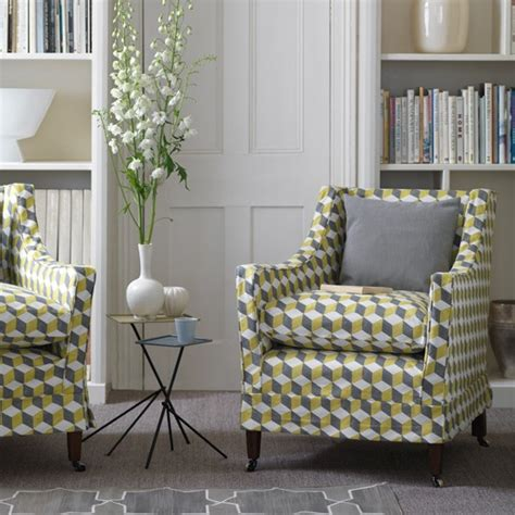 Living Room Chairs Uk Living Room With Geometric Chairs And Grey Carpet How To