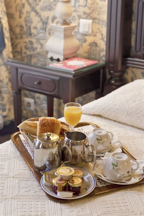 breakfast and bed h 244 tel beaubourg paris marais complimentary