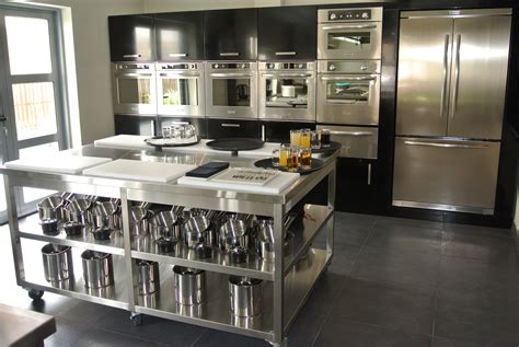 Top Kitchen Machines top chef calls on top kitchen equipment supplier