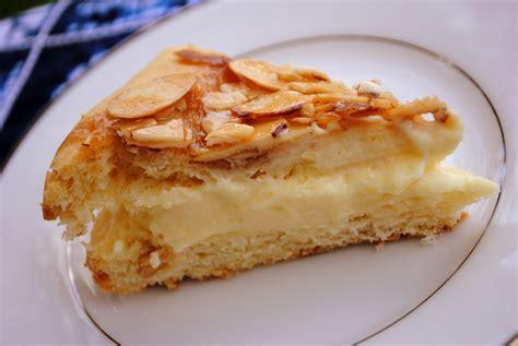puddingfüllung kuchen bee sting cake bienenstich recipe dishmaps