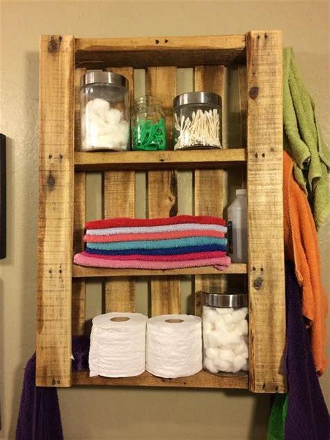 pallets hanging bookshelf ideas pallet ideas recycled 25 best ideas about pallet shelf bathroom on pinterest