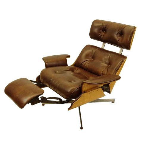 eames style recliner mid century modern plycraft eames style recliner with built