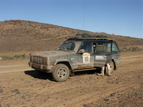 muddy jeep file muddy jeep morocco jpg wikimedia commons