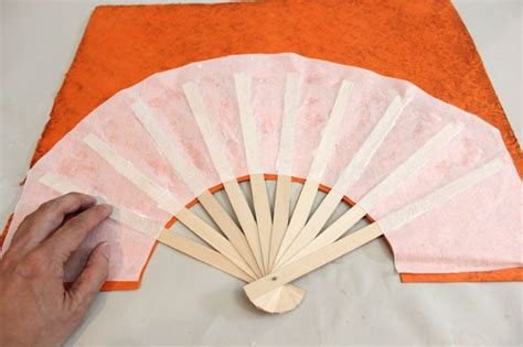 How To Make Japanese Fans With Paper - how to make japanese fans with pictures ehow