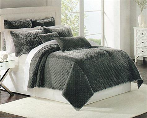 luxury bedding coverlets luxury bedding nicole miller quilt coverlet twin quilt