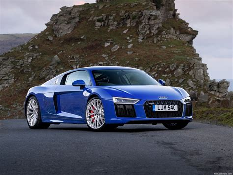 Audi R8 V10 RWS (2018) picture 8 of 56 800x600