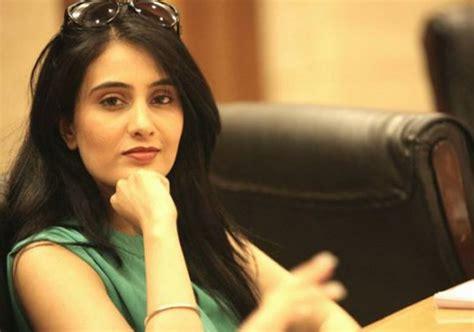 sai lokur fardeen khan meet the four hotties romanced by kapil sharma indiatv