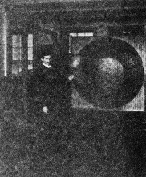 Nikola Tesla Tesla Coil 25 And Unique Photographs Of Nikola Tesla