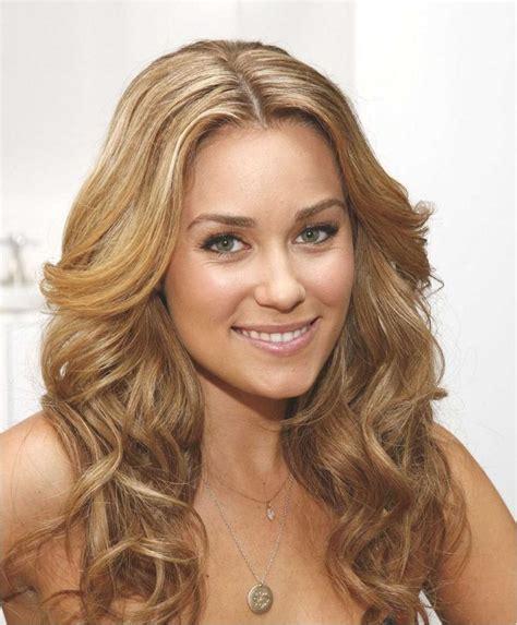 hairstyles for women with big necks die besten 25 ideen zu dauerwelle gro 223 e locken auf pinterest nume lockenstab curly hair