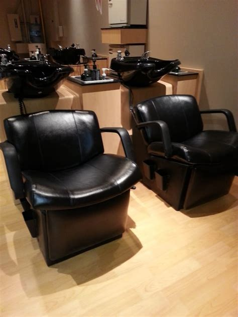 houston haircut and massage massaging chairs that you can kick back and relax in
