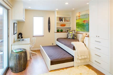Small Office Guest Room by 25 Versatile Home Offices That As Gorgeous Guest Rooms