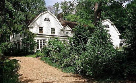clinton estate chappaqua new york inside bill hillary clinton s 1 7 million home in