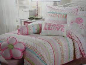 Comforters And Quilts For Sale Bedding Comforters Quilts Sale Ease Bedding With Style