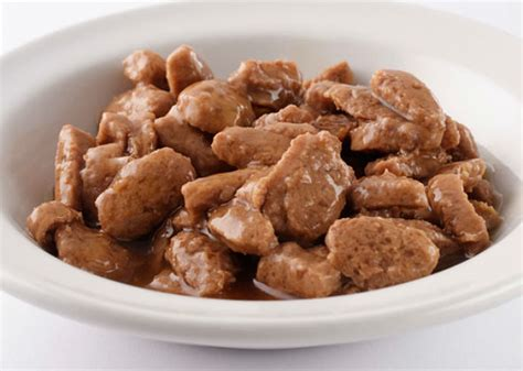 7 Things To Consider When Picking Pet Food by Choosing Pet Food 7 Things To About Reading Pet Food