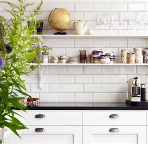 carrelage cuisine blanc carrelage metro blanc cuisine bricobistro