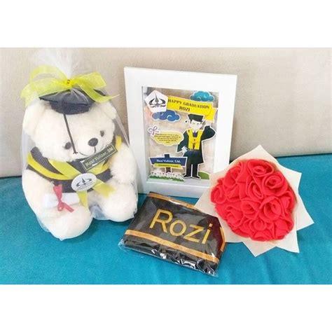 Boneka Wisuda Panda Buket jual hadiah skripsi paket lengkap wisuda murah kado wisudaku