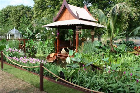 Thai Garden by Hton Court Flower Show 2010 Tourism Thailand Garden