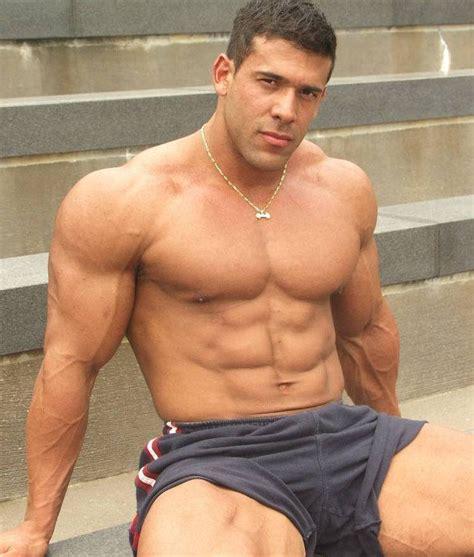 fisico scolpito alimentazione fisico muscoloso e asciutto in 3 mesi si pu 242 veramente