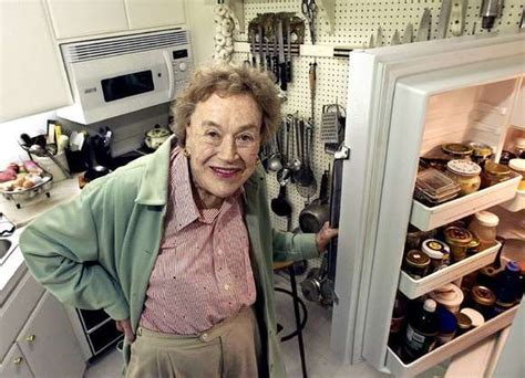julia childs julia child foundation sues williams sonoma over chef s name image carrollcountytimes com