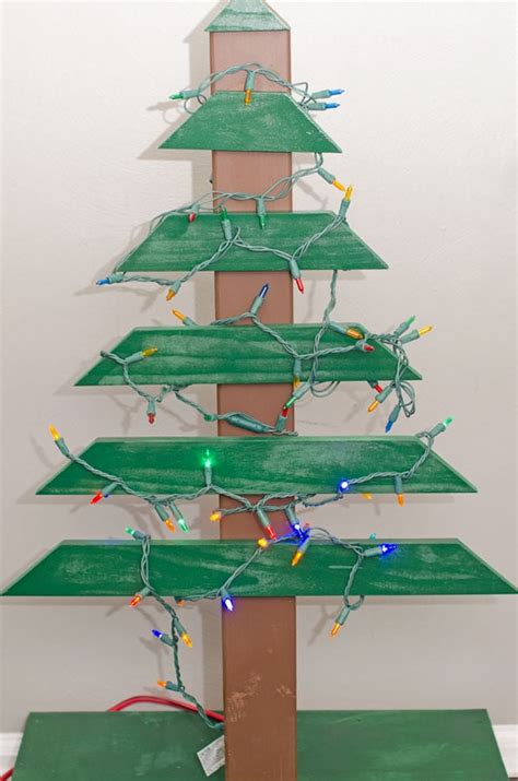 how to amke a christmas tree out of constrution paper diy wood tree
