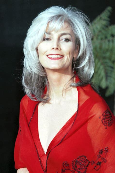 hairstyle to distract feom neck 17 best images about emmylou harris on pinterest willie