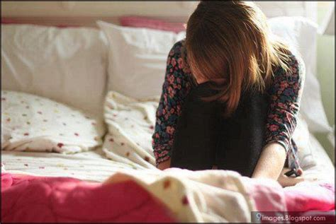 girl on bed angry sad girl alone bed crying