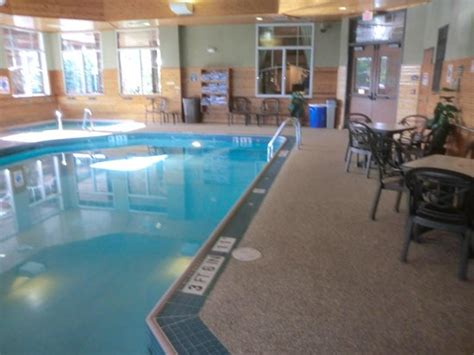 comfort suites mn comfort suites hotel canal park drive duluth picture