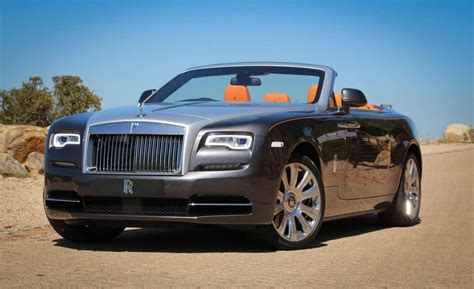 Baby Blue Rolls Royce by What S And What S Not In The 2019 Rolls Royce Lineup