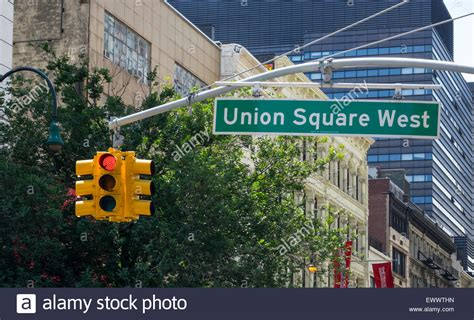light nyc union square sign and traffic light in