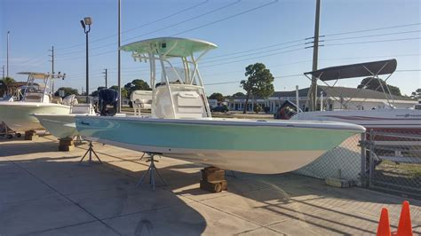 avenger boats avenger new and used boats for sale