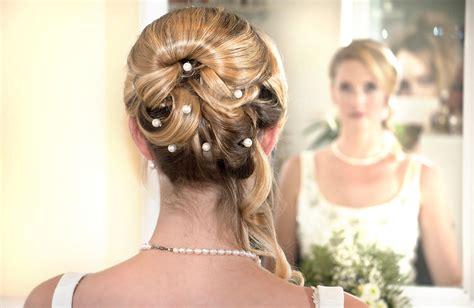Hochzeitsfrisur Und Make Up Heilbronn by Sch禧nheit Hochzeitsfrisur Lange Haare Schleier Deltaclic