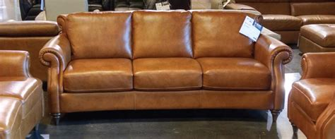 the dump leather sofas natuzzi leather furniture showroom sle sale the dump