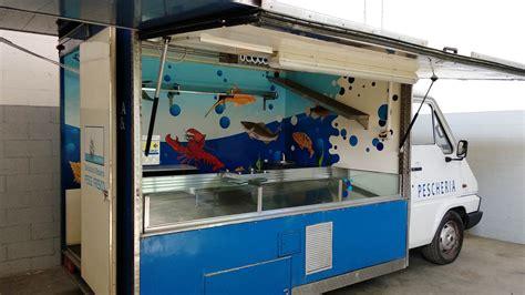 banchi da mercato usati autonegozio pescheria usato 33 af autonegozi e banchi