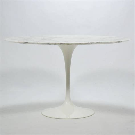 Early Eero Saarinen Tulip Dining Table With Carrara Eero Saarinen Tulip Table With Carrara Marble Top By Knoll