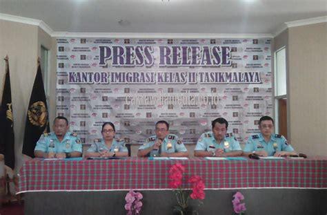 pembuatan paspor wisata diduga tki ilegal imigrasi kelas ii tasikmalaya