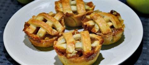 membuat resep apple pie mini pie buah apel