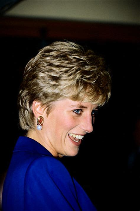diana s blue stone earrings princess diana earrings part 06 royal fans all about
