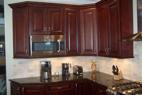 mahogany kitchen cabinets red mahogany kitchen cabinets roselawnlutheran