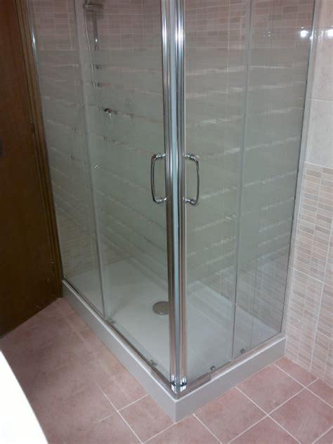 piatto doccia montaggio foto montaggio box doccia di bagnopronto 230585